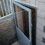 Türen mit Plexiglaseinsatz_001_B-hochwasserschutz